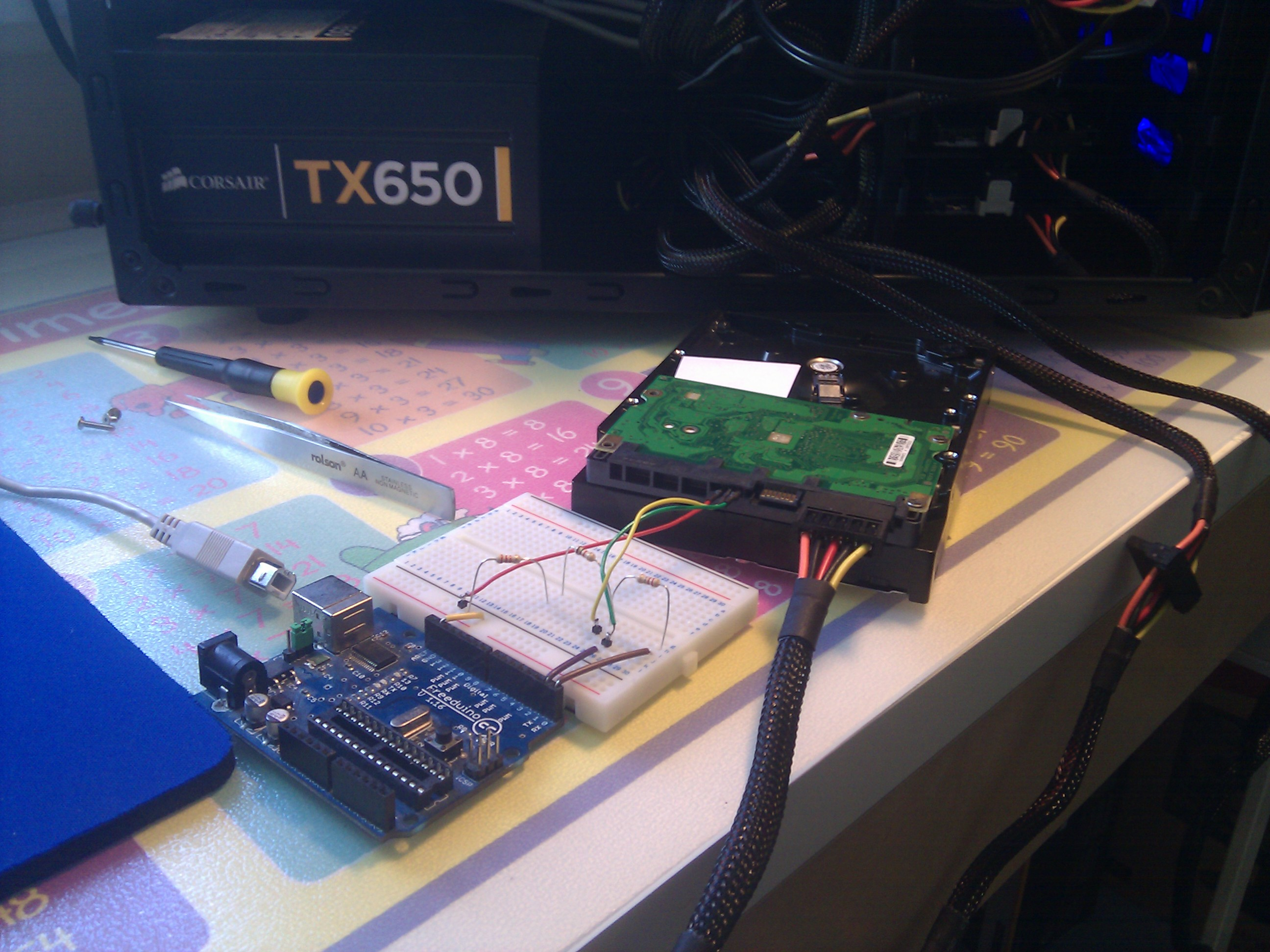 Fixing a seagate hard drive with arduino arvydas